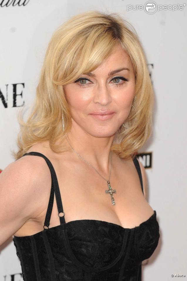 Madonna démarrera le tournage de  W.E.  en Grande-bretagne, en juillet 2010.