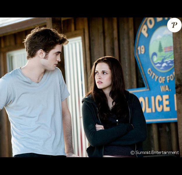 Robert Pattinson et Kristen Stewart dans Twilight III Hésitation