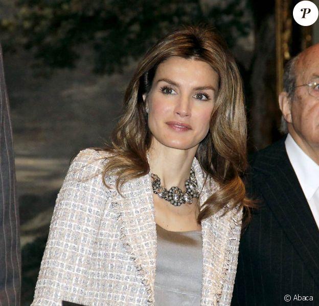 Letizia et Felipe d'Espagne lors de la cérémonie des Plastic Arts Velazquez Award, qui se tenait au Musée du Prado à Madrid le 14 juin 2010