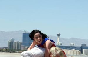 JT Purepeople : Quand Dita Von Teese s'envoie en l'air, Katy Perry fait une belle erreur !