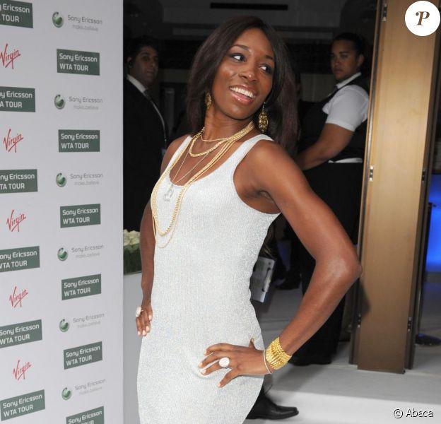 Venus Williams ont passé une belle soirée à Londres lors de la party pré-Wimbeldon le 17 juin 2010