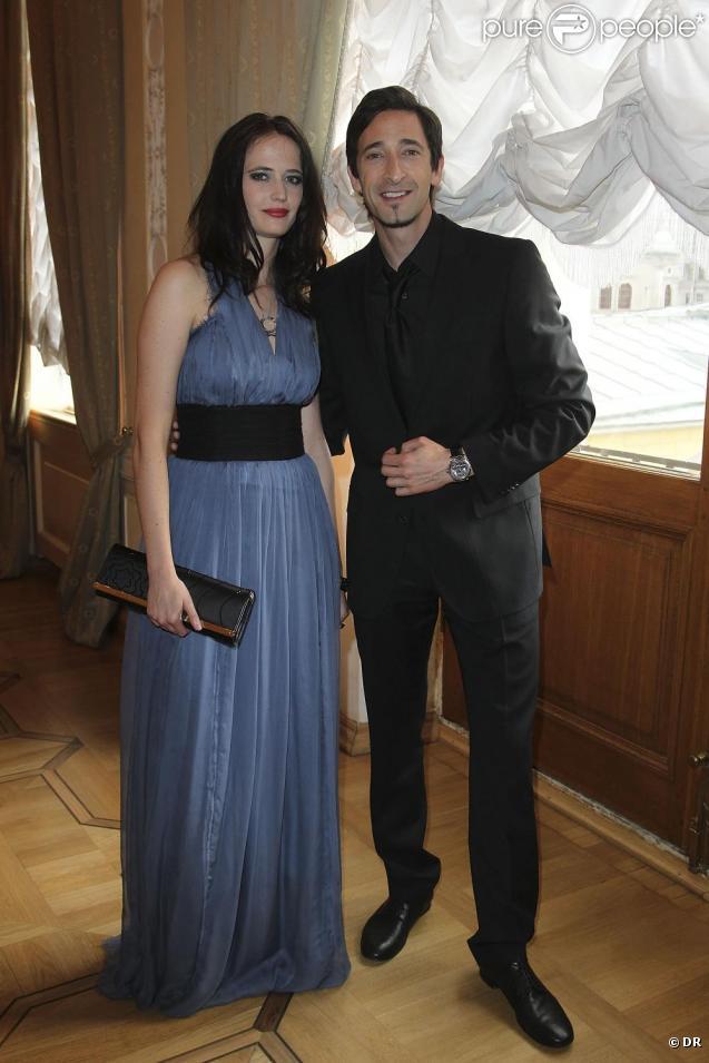 Eva Green et Adrien Brody lors du diner organisé par Montblanc pour inaugurer le festival des Nuits Blanches de Saint Petersbourg le 17 juin 2010