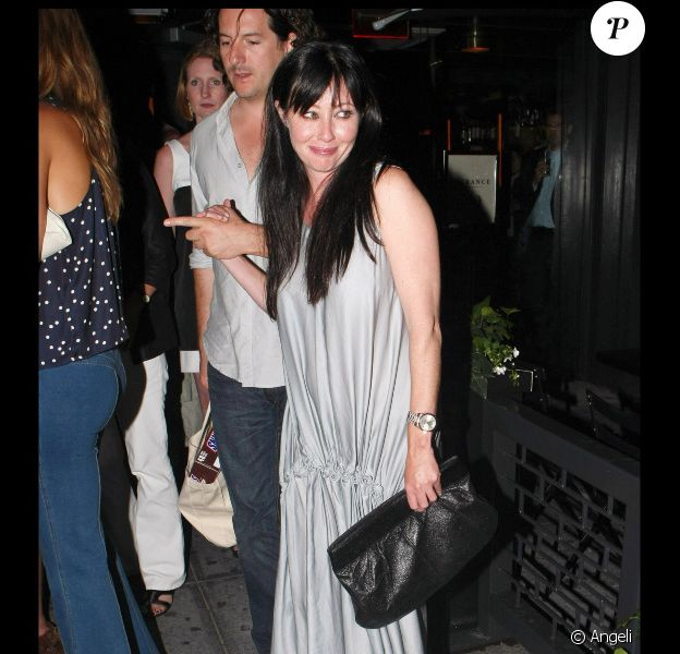 Shannen Doherty et son ami le photographe Kurt Iswarienko ont dîné au restaurant Abe & Arthur à New York le 23 juin 2010