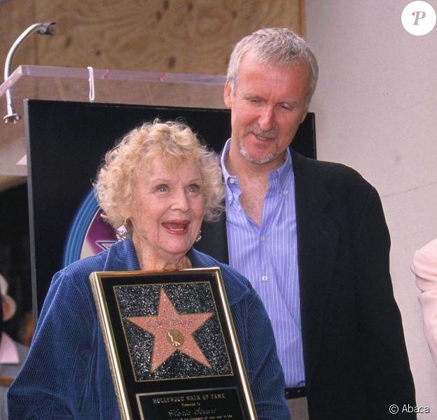 Gloria Stuart et James Cameron en 2000