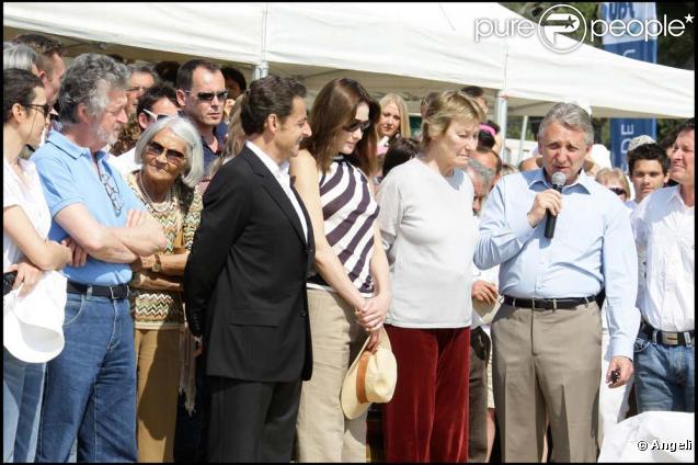 Nicolas Sarkozy, Carla et Marisa Bruni lors du premier Trophée Virginio Bruni-Tedschi, à Cavalière, le 13 avril 2010