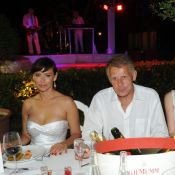 Mathilda May, resplendissante aux côtés de Patrick Poivre d'Arvor et David Ginola, pour une nuit de folie !