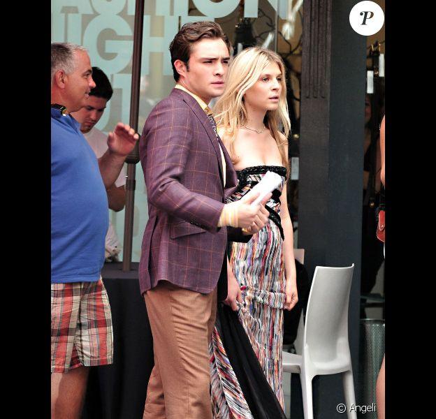 Ed Westwick et Clémence Poésy sur le tournage de Gossip Girl, le 15 juillet 2010 à New York