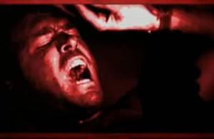Regardez Ryan Reynolds enterré vivant... Mais que fait son épouse Scarlett Johansson ?