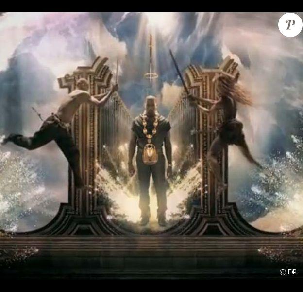 Des images du clip Power de Kanye West, réalisé par Marc Brambilla, août 2010