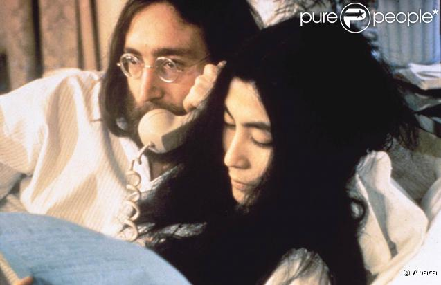 John Lennon, en 1971, avait adressé une lettre encourageante à un jeune chanteur de 21 ans. Lequel n'a pu prendre connaissance des conseils de l'ex-Beatle que... 40 ans après, lorsque la lettre égarée a ressurgi !