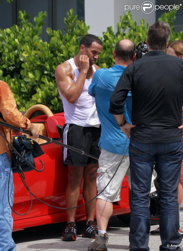 Craig David, en pleine interview, à Miami