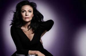 Jacqueline Bisset : A 65 ans, elle devient... une superbe ambassadrice de beauté !