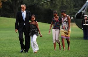 Barack Obama : Fin des vacances... Toute la famille à la maison !