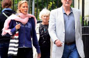John Cleese : Avec sa nouvelle et jeune compagne, il se fend la poire !