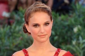 Natalie Portman et Elisa Sednaoui débordantes de beauté pour une danse des cygnes vénitienne...
