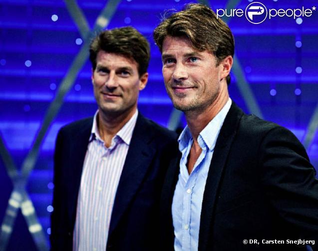 Brian Laudrup (photo : avec son frère Michael, en arrière-plan), légende du foot danois, a annoncé le 7 septembre 2010 souffrir d'un cancer lymphatique.