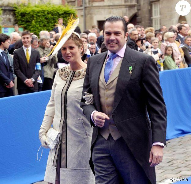 """Charles-Philippe d'Orléans (photo : avec son épouse Diana), reconnu coupable de """"faux et usage de faux"""", a été condamné en septembre 2010 à deux mois de prison avec sursis et 1 000 euros d'amende par le tribunal correctionnel de Clemont-Ferrand."""