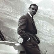 James Bond : sa célèbre Aston Martin mise aux enchères !