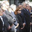 Costa-Gavras, Isabelle Huppert et Renaud Donnedieu de Vabres à l'occasion de la cérémonie en hommage à Claude Chabrol, sur le parvis de la Cinémathèque Française, à Paris, le 17 septembre 2010.