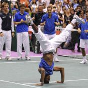 Gaël Monfils en star du hip-hop et douche de champagne : les Bleus ont célébré leur victoire en Coupe Davis !