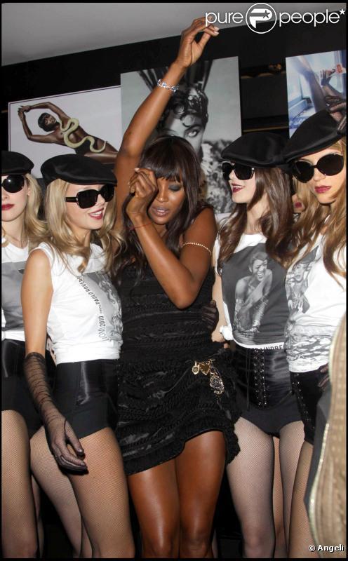 Naomi Campbell lors de la soirée de clôture de la Fashion Week londonienne le 21/09/10