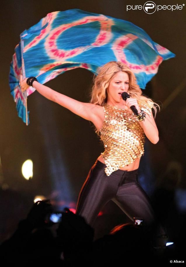 Shakira sur scène à Fort Lauderdale, Floride, le 25 septembre 2010