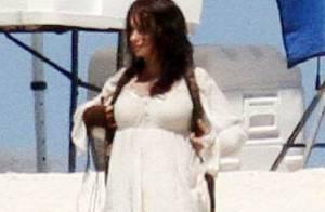 Penélope Cruz dévoile son ventre rond de magnifique future maman !