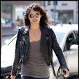 Michelle Rodriguez : Slim brut, lunettes aviateurs, et perfecto en cuir... Un look simple mais efficace !