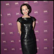 Kristin Scott Thomas, tout de cuir vêtue, impose son élégance !