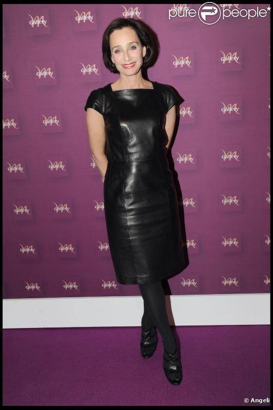 Kristin Scott Thomas lors de la soirée de lancement des guides des hôtels MGallery à Paris le 14 octobre 2010