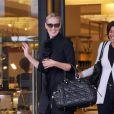 Sharon Stone en virée shopping à New York, le 19 octobre 2010