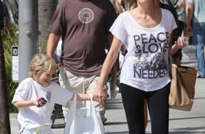 Sharon Stone : Fraîche et disponible, elle donne tout à son fils !