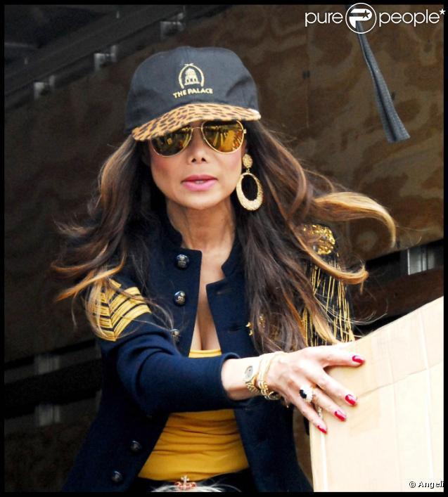 Latoya Jackson sur le tournage de l'émission de télé-réalité The Celebrity Apprentice, à New york le 25 octobre 2010