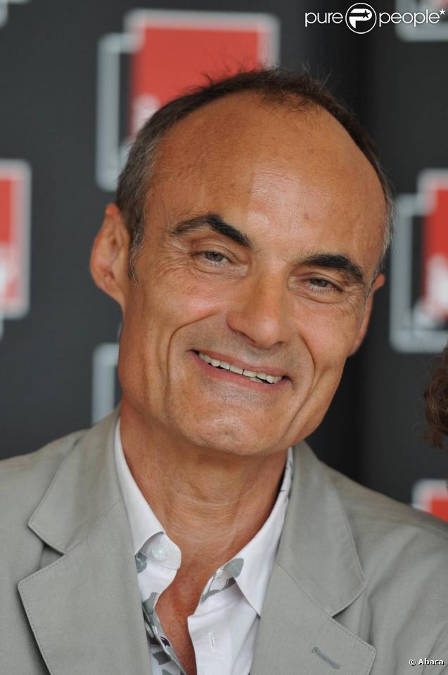 Philippe val je n 39 ai jamais cherch censurer un humoriste purepeople - Didier porte france inter ...