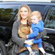 Brooke Mueller, ex-femme de Charlie Sheen, participe au tournage de la nouvelle émission de télé-réalité de Paris Hilton, mardi 23 novembre, à Los Angeles.