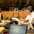 Carla Bruni, invitée de la matinale de RTL pour une interview avec Yves Calvi dans le cadre de la journée mondiale de lutte contre le Sida le 1er décembre 2010