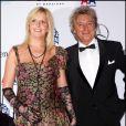 Penny Lancaster et Rod Stewart à Beverly Hills,le 23 octobre 2010.