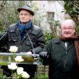 Christophe Girard et Daniel Vaillant lors de l'inauguration du jardin Frédéric Dard le 16 décembre 2010 sur la Butte Montmartre à Paris