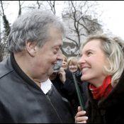 """Guy Carlier, débordant d'amour pour sa femme, la fille de """"San-Antonio"""" !"""