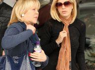 Tori Spelling : Réconciliée avec sa mère, elle continue de faire la tête !