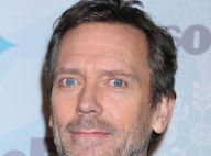Hugh Laurie : Dr House séduit deux jolies blondes de Glee !
