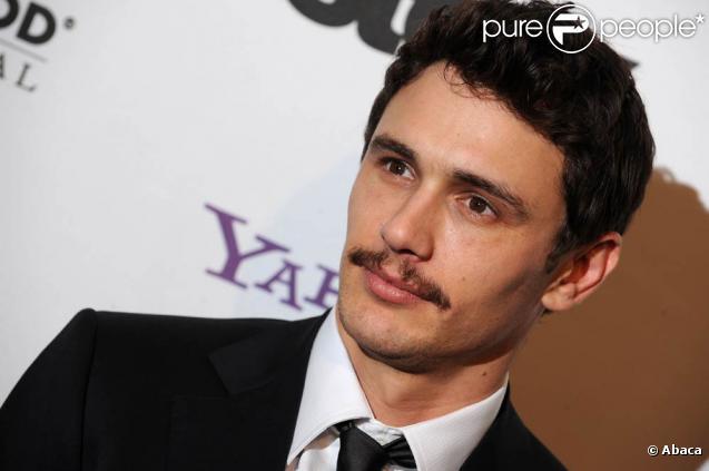 James Franco va réaliser  The Night Stalker , dans lequel il campera le tueur en série Ricardo Ramirez.