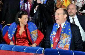 Albert et Stéphanie de Monaco : Très complices devant un show captivant !