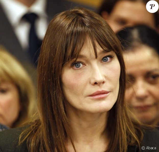 Carla Bruni-Sarkozy, Avignon, le 21 décembre 2010