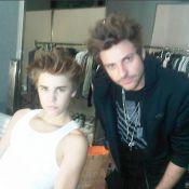 Justin Bieber : Cheveux en pétard ou en costard, il fait toujours l'unanimité !