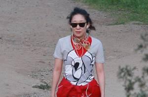 Sandra Oh : Son mariage à l'hôpital bat de l'aile mais elle garde la forme !