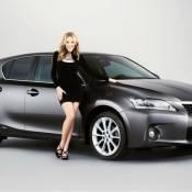 Kylie Minogue : Une égérie de luxe bien carrossée...