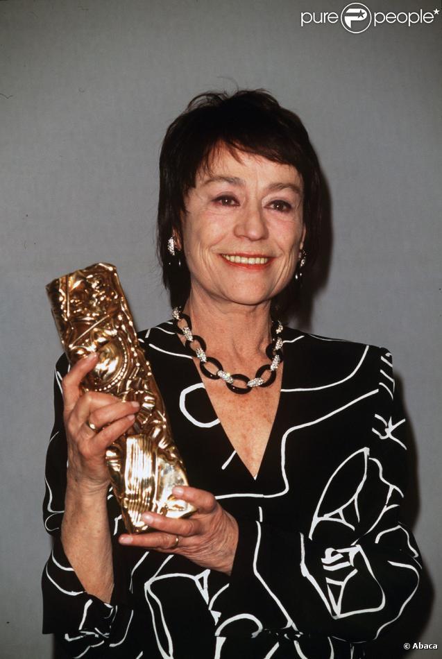 Annie Girardot et son César du meilleur second rôle pour Les Misérables en 1996