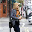 Claudia Schiffer dans les rues de Londres le 2 mars 2011