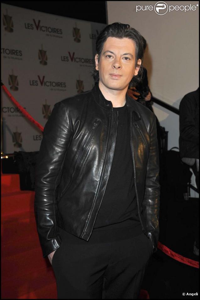 Benjamin Biolay, cérémonie des Victoires de la musique, Paris, le 1er mars 2011